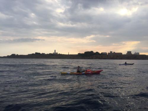 L'incontro dei kayak a Capo Colonna